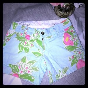 Super fun... Lilly Pulitzer Callahan Shorts 00 EUC